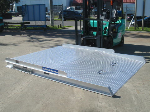 Hire Container Ramp 8000 kg Capacity Level Entry