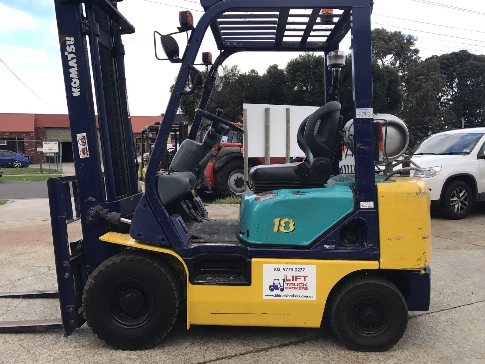 Komatsu FG18T-16 LPG Forklift with 4m Clear View Mast