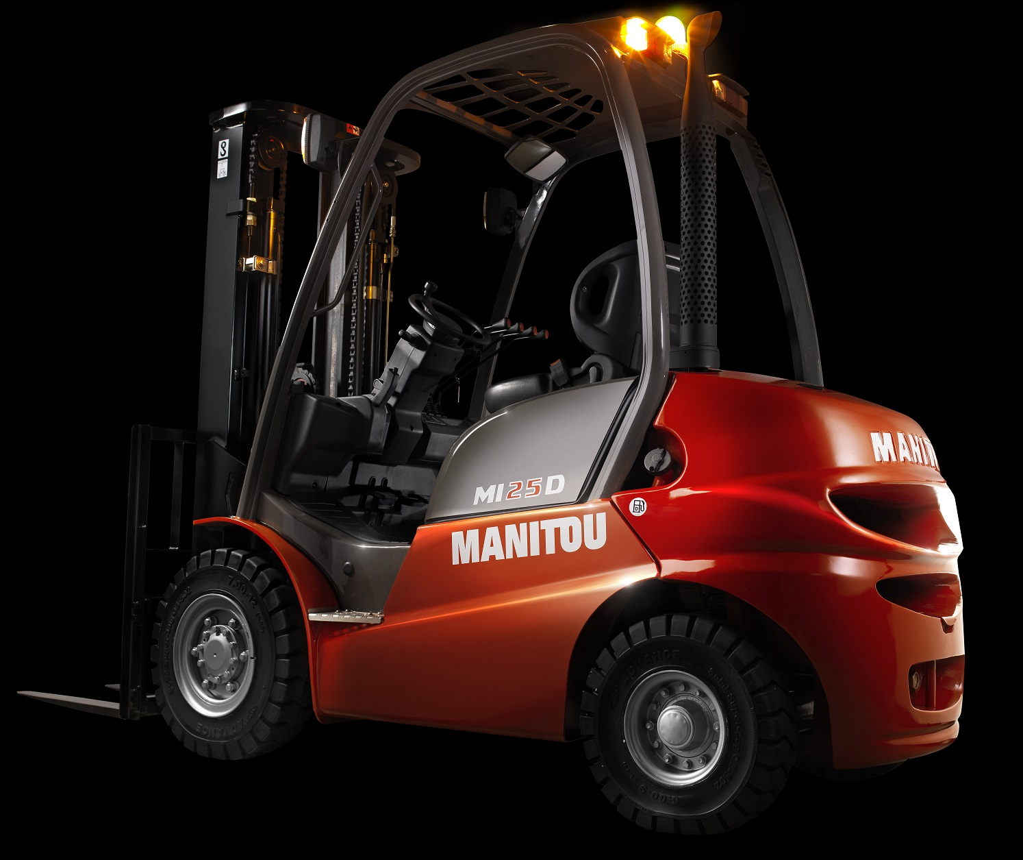 NEW MANITOU MI25 - EUROPEAN DESIGN - JAPANESE RELIABILITY